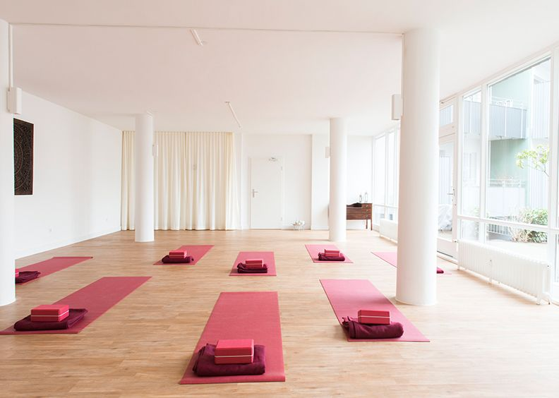 Neue Yoga Anfängerkurse ab April 2020