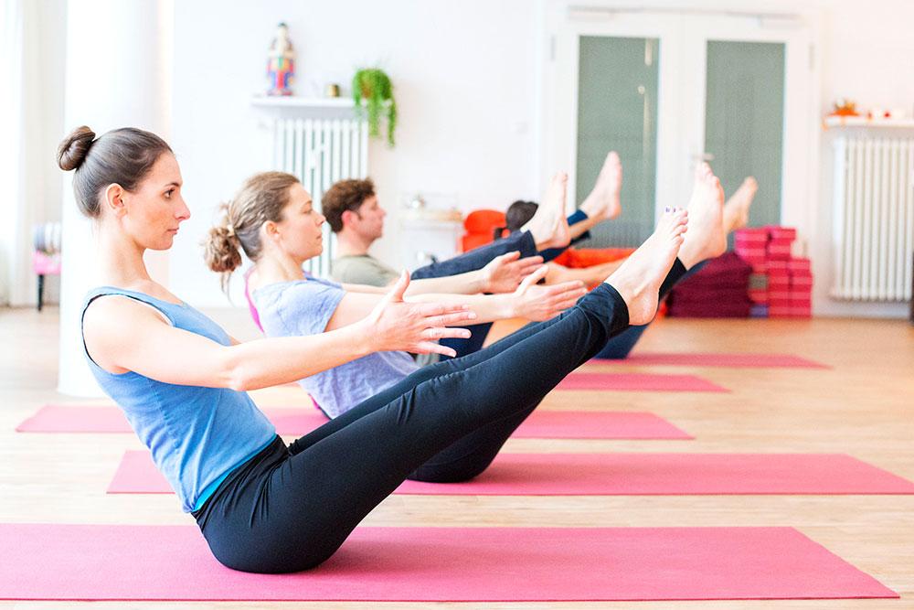 Yoga lernen im Spätsommer: Bei Shine! Yoga in Köln Lindenthal