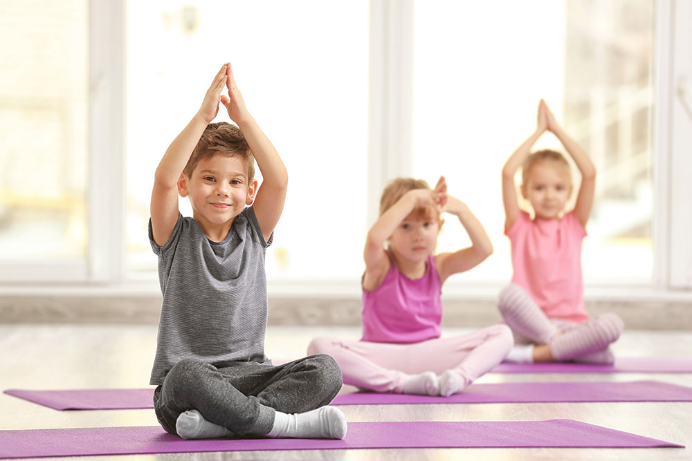 Kinder-Yoga-Kurse bei Shine! Yoga