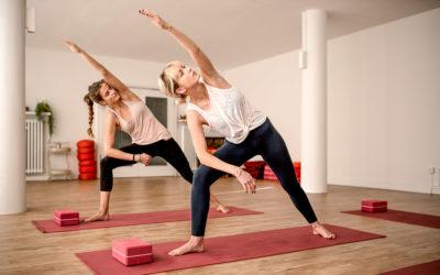 Shine! Yoga Köln bietet Präventionskurse – Krankenkassen übernehmen bis zu 100%